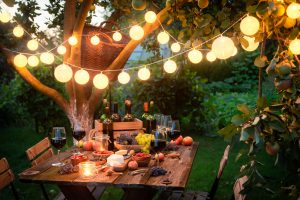 Garden party with light chain